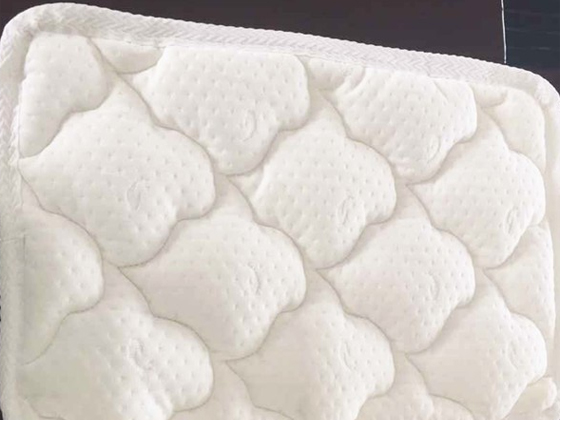 Fire retardant polyester quilted memory foam mattress topper